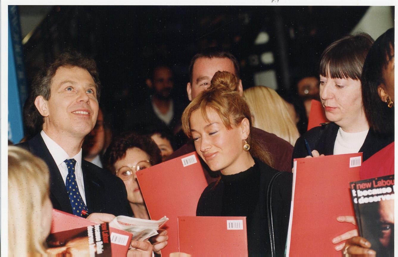 Tony Blair'e veda yazısı
